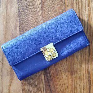 Purple Wallet Charming Charlies